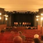 Ein Blick auf die Bühne des Heimhof-Theaters