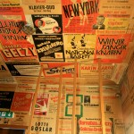 Plakate an den Wänden des Heimhof-Theaters