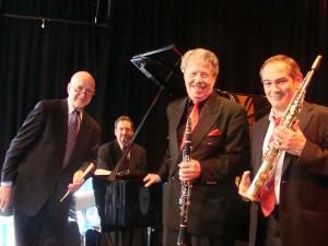2015-04-09 'International Trio' (F) 1q